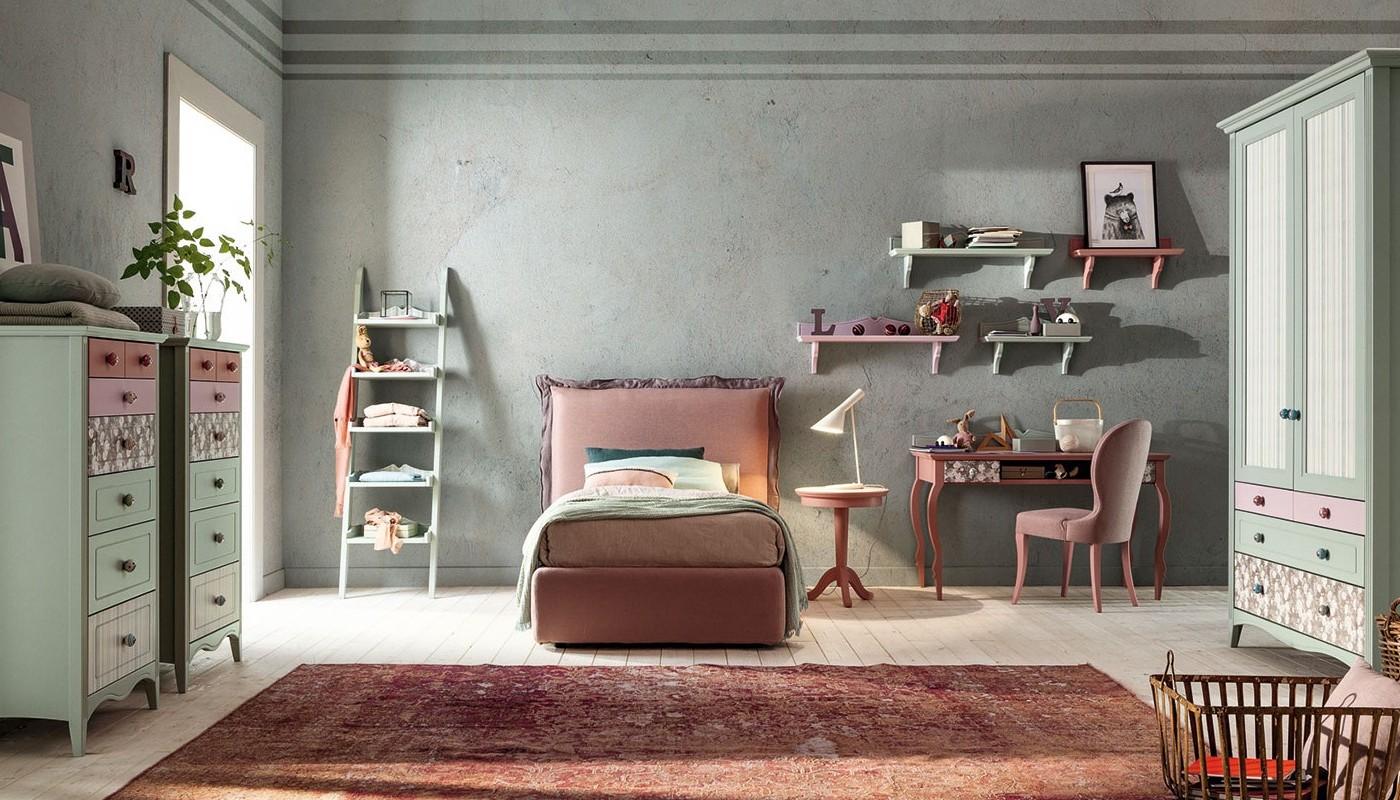 Camera per ragazzi in legno massello